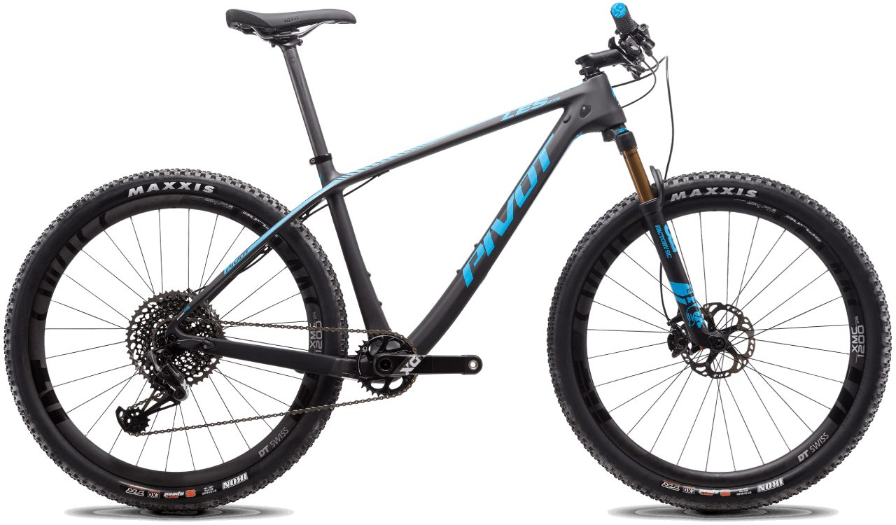 Pivot Les 27.5 v2 Black with Blue Accents
